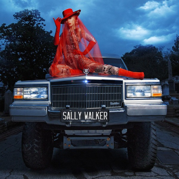 Iggy Azalea – Sally Walker